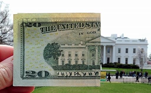 中国高官ら、米国債の増大とドル投資に懸念 米議員報告