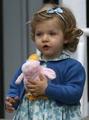 未来の女王、8歳スペイン王女の素顔