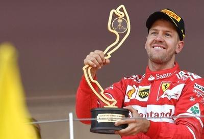 ベッテルが通算2度目のモナコGP制覇、フェラーリがワンツー