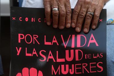 レイプ被害少女が死産し有罪に、殺人罪で禁錮30年 エルサルバドル
