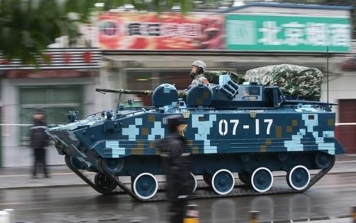 北京の中心街で建国60年軍事パレードの予行演習