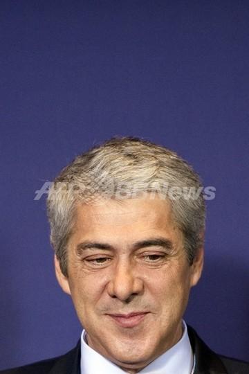 財政緊縮策否決でポルトガル首相辞任、政治危機へ突入か