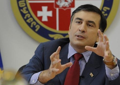 グルジア大統領、「バラ革命」の夢ついえるか