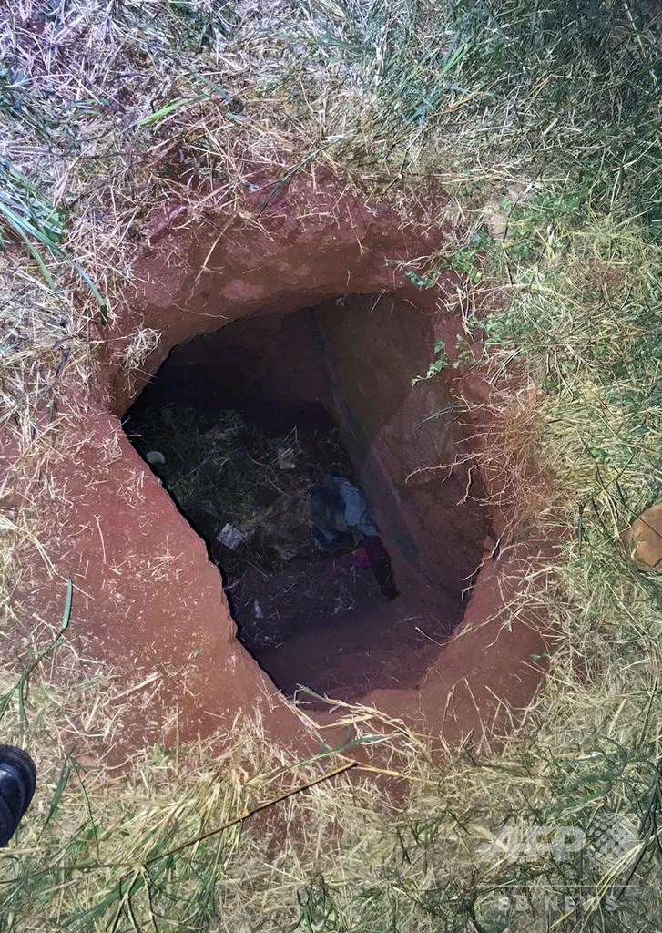 パラグアイ刑務所から「非常に危険な」受刑者76人脱獄、トンネル掘って逃走