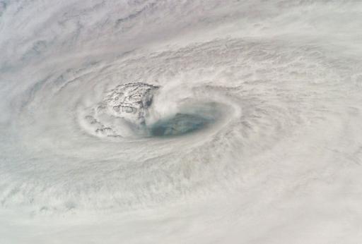 ハリケーン「ディーン」の襲来に向け、カリブ海諸国が対策