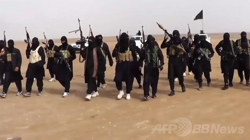イスラム過激派、シリア反体制派8人処刑 遺体はりつけに NGO