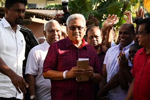スリランカ大統領選、前任者の実弟が勝利 公式結果発表