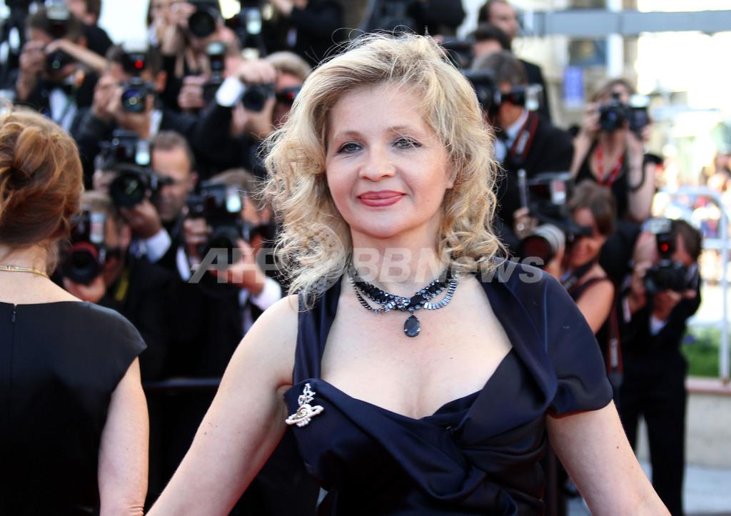 仏女優E・イオネスコさん勝訴、「児童ポルノ」撮影で母親に賠償命令