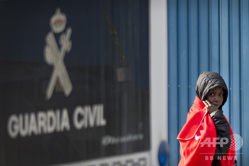 スペイン、年初から2日で移民401人を救助