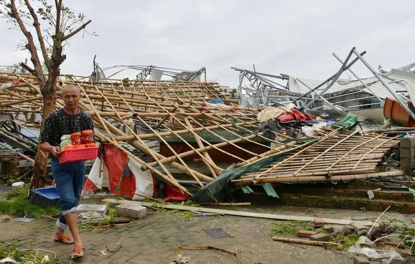 「スーパー台風」14号、中国福建省に上陸 過去67年間で最強