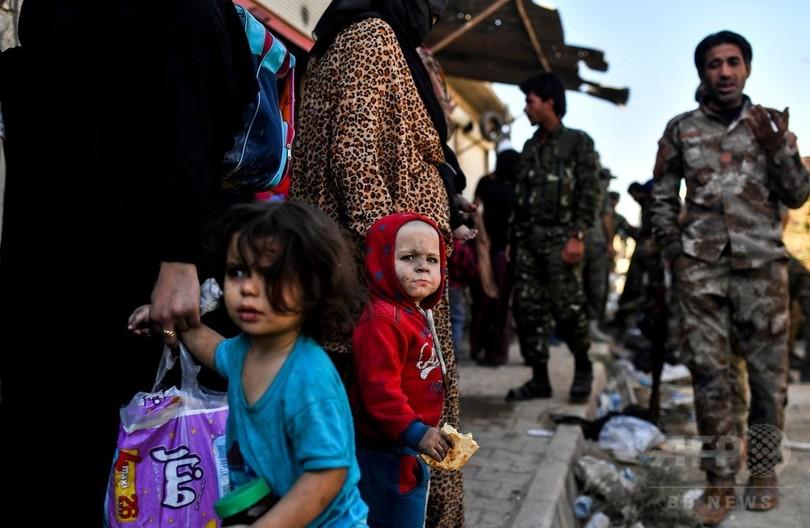 シリア・ラッカでISへの空爆激化...