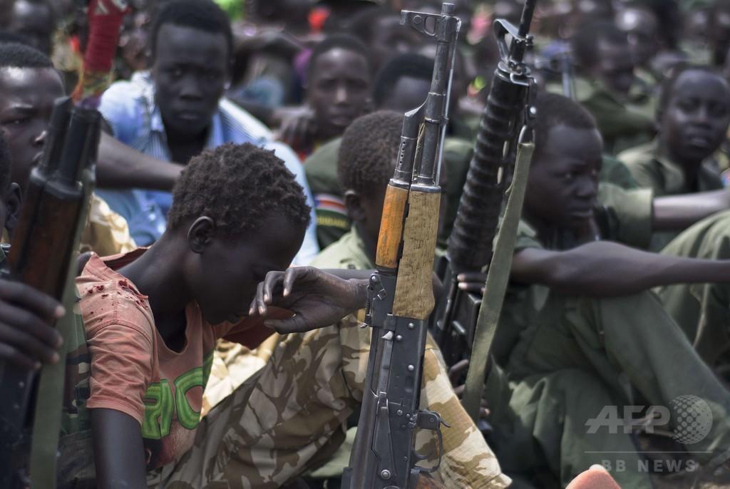 正体不明の武装集団、少なくとも89人の少年を誘拐 南スーダン