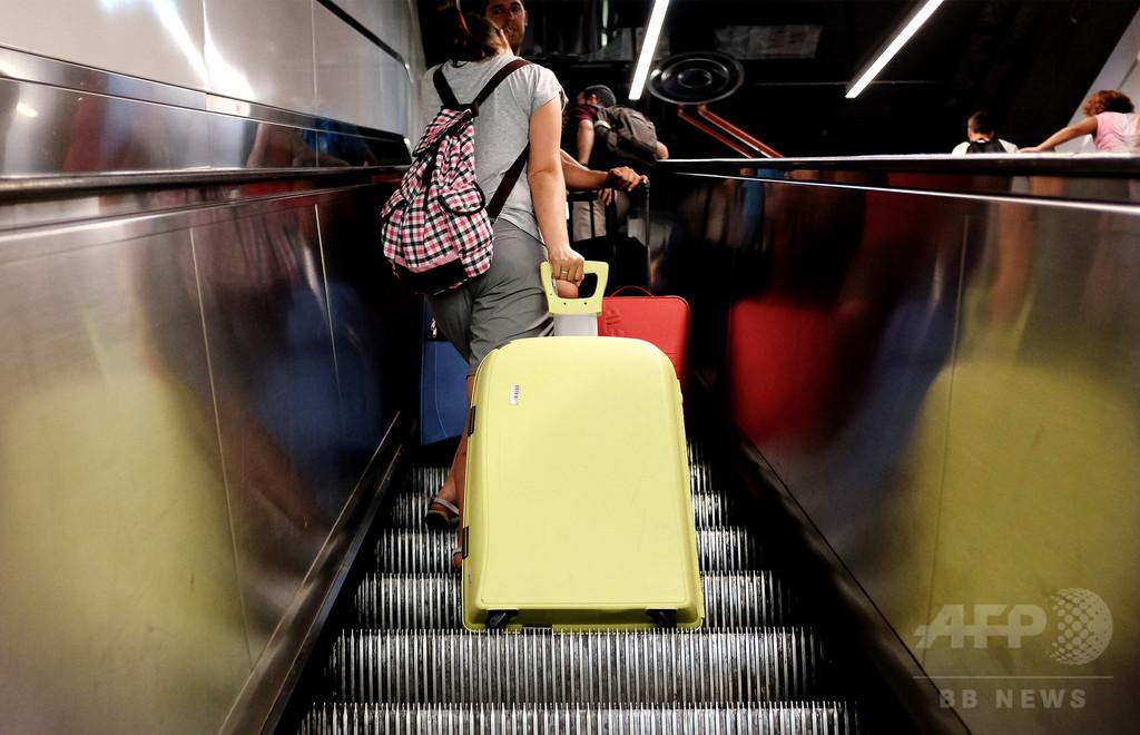 「スーツケースぐらつきシンドローム」仕組みと対処法 研究