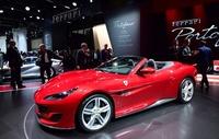 フランクフルト国際自動車ショー、メルセデスのF1カーやVW自動走行車も