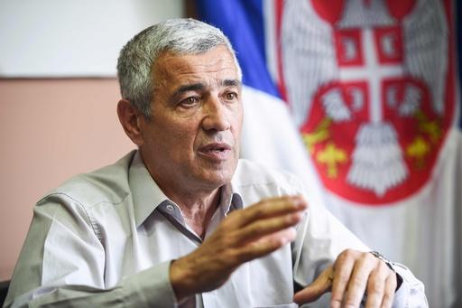 コソボでセルビア系政治家暗殺 通りがかりの車から銃撃