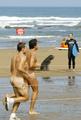 スペインで裸のクロス・カントリー