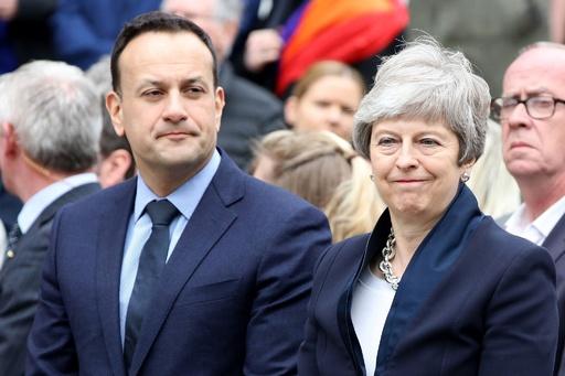 北アイルランド自治政府再開に向け来月7日に協議 記者銃撃死で機運