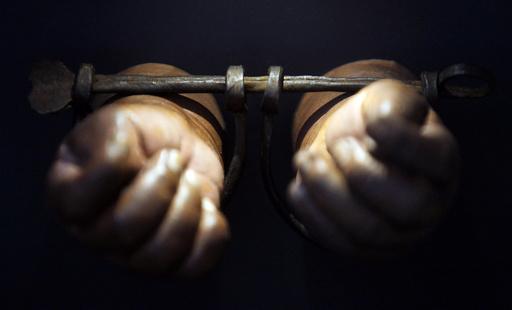 「現代の奴隷」世界に3000万人 財団が指標を発表