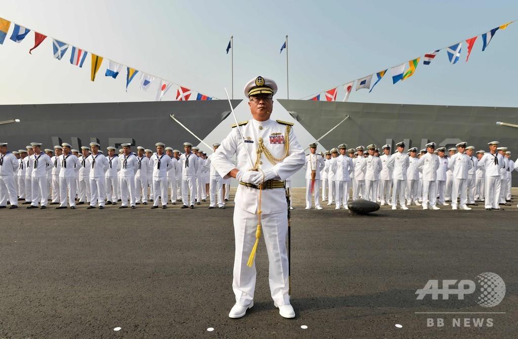 台湾、米から購入のフリゲート艦2隻就役
