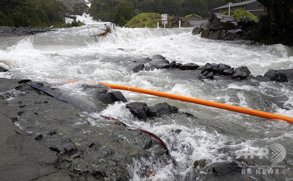ニュージーランド南島で大規模洪水、観光客ら数百人が孤立
