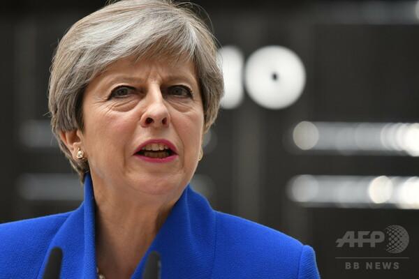 英首相、北アイルランドの民主統一党と議会協力で交渉中 官邸
