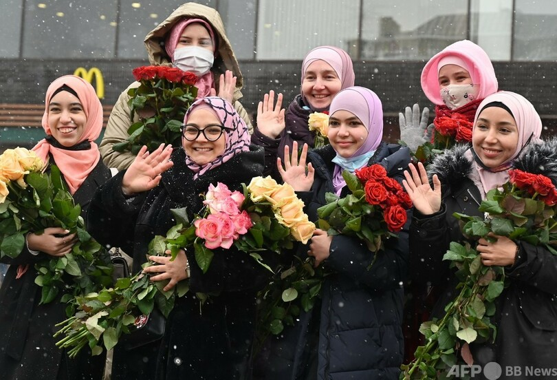 世界ヒジャブ・デー」 ムスリム女性が周知活動 ウクライナ 写真7枚 ...