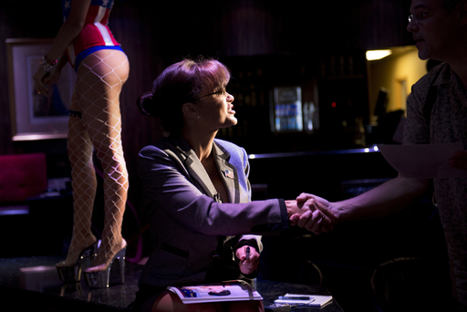 サラ・ペイリン氏のそっくりさんポルノ女優、米共和党大会を前に語る