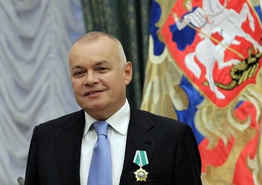 プーチン氏、露最大通信社を改組 トップに反同性愛キャスター