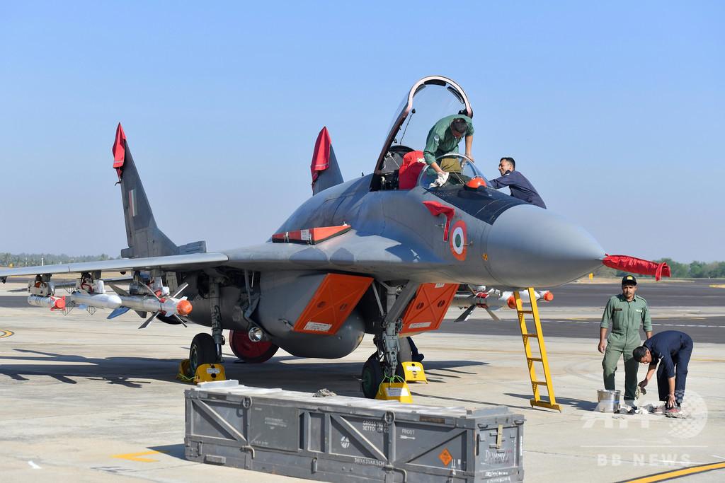 インド、ロシア製戦闘機33機購入を承認 対中関係悪化受け