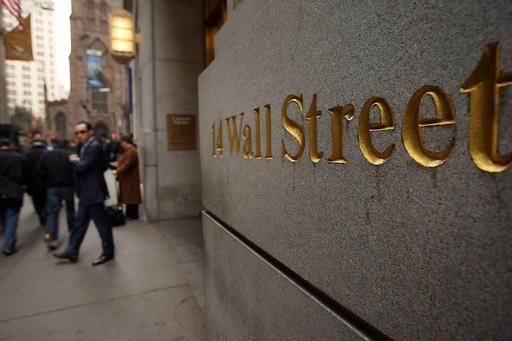 米FRB、長期国債3000億ドル買い入れへ
