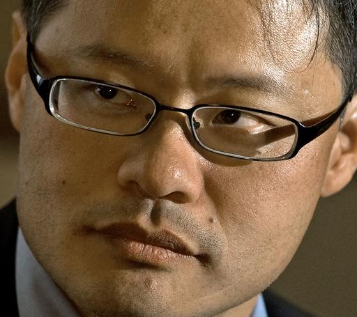 米検索大手ヤフーのジェリー・ヤンCEO、辞任へ 後任選び始まる