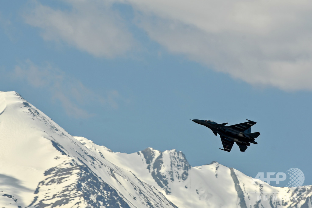 中国軍、インドとの係争地から撤収の動き 「完全な撤退」で合意後