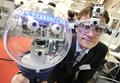 ハノーバー・メッセ開幕、EyeSeeCamで動くロボットも登場