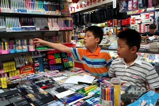中国の新学期、「80後」の子ども世代が学齢期に 文房具は高級志向