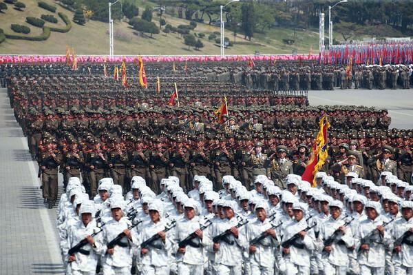 北朝鮮、平昌五輪の開会式前日に軍事パレード実施へ