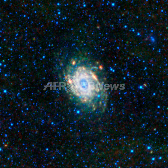 くじゃく座の渦巻銀河NGC6744 写...