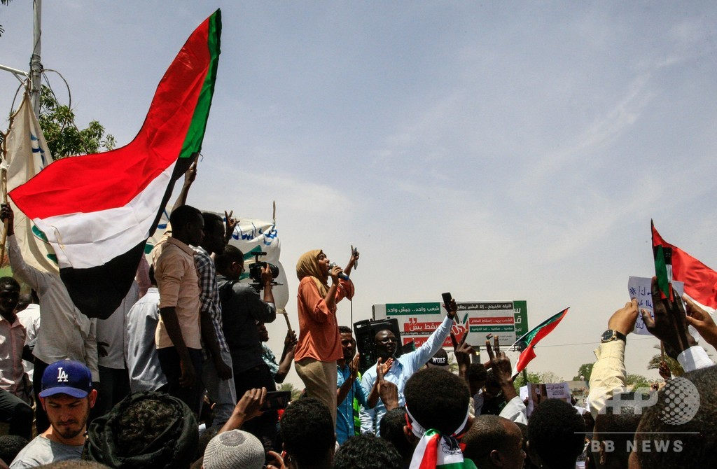スーダンの抗議デモ指導部、暫定軍事評議会との協議を中止