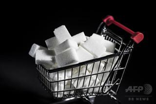 スコットランドで炭酸飲料の買いだめ現象、砂糖税で製法改定