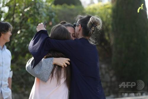 南仏の高校で生徒発砲、校長「英雄」的行為で悲劇防ぐ