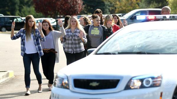 大学で銃乱射の米オレゴン州、銃規制強化も悲劇防げず