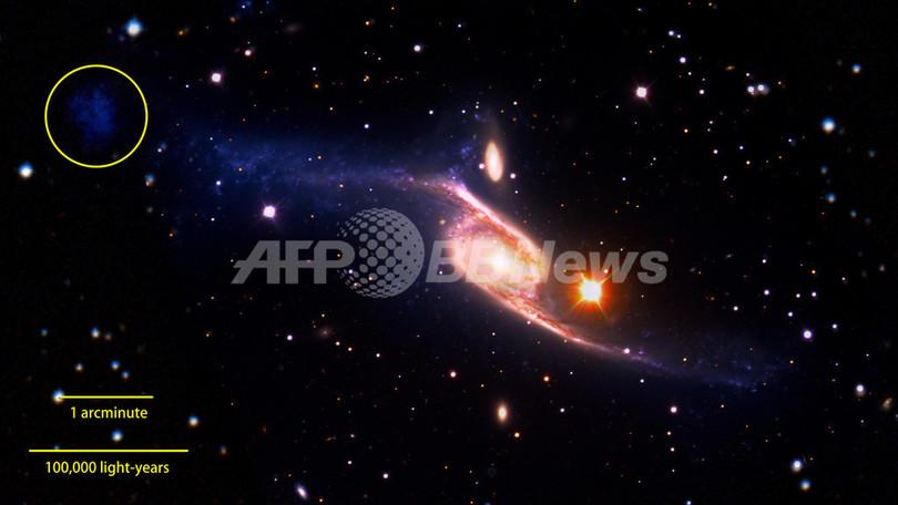 観測史上最大の渦巻き銀河「NGC 6872」