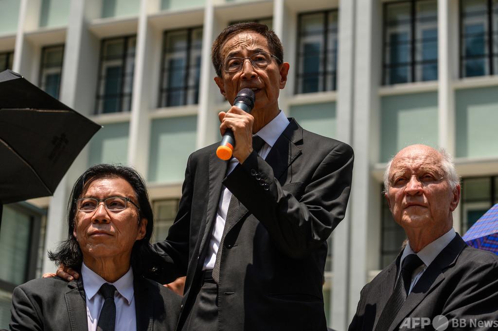 香港の弁護士ら11人、国安法違反で逮捕 活動家の台湾密航を手助け