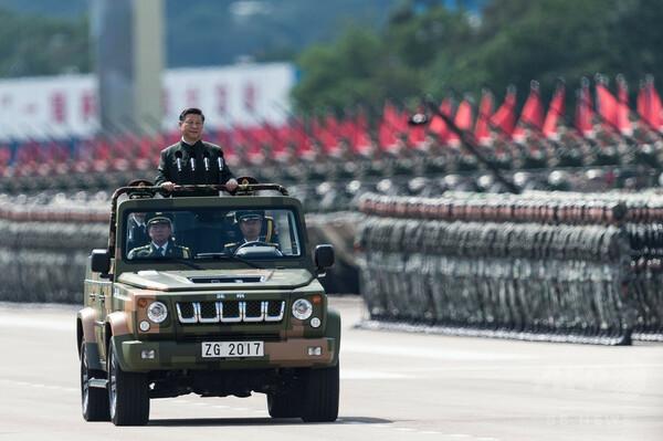 「死を恐れるな」─中国・習主席、人民解放軍に対し異例の激励
