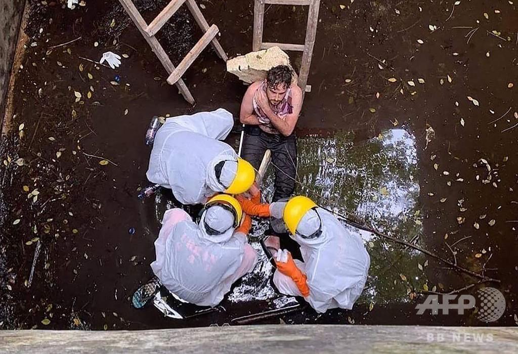 犬に追われ井戸に落ちた英国人男性、6日後に救助 バリ島