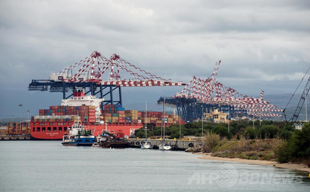 シリア化学兵器、伊の港での積み替えへ 地元は反発