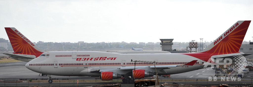 インド機の離陸が2時間以上遅延、原因はパイロットの弁当箱