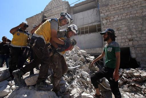 シリア北西部への空爆で民間人43人死亡 監視団発表