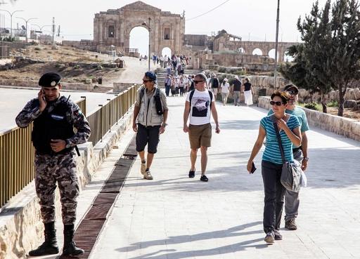ヨルダン観光地で刃物による襲撃、外国人ら8人負傷
