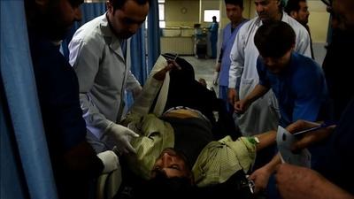 動画:政府庁舎襲撃で29人死亡 アフガン首都