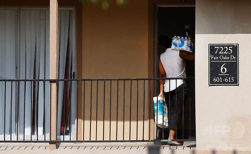 米初のエボラ患者、100人と接触か 家族4人は外出禁止